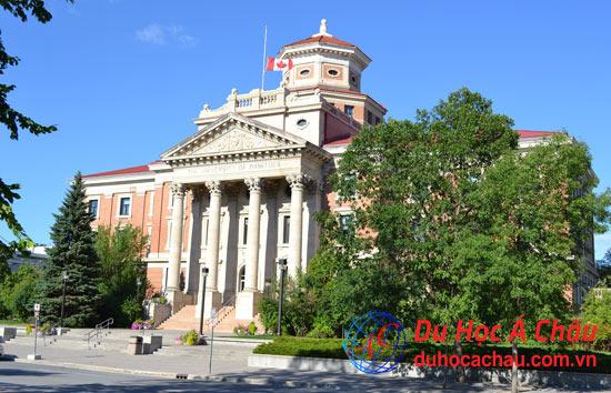 Hai trường đại học có học phí giá rẻ tại Manitoba Canada